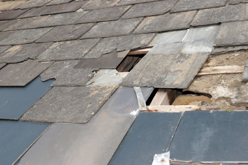 5 Quick Short-Term Fixes You Can Try if Your Roof Is Leaking